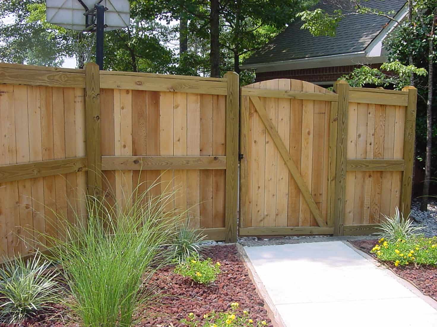 fencing duce construction deck and fence